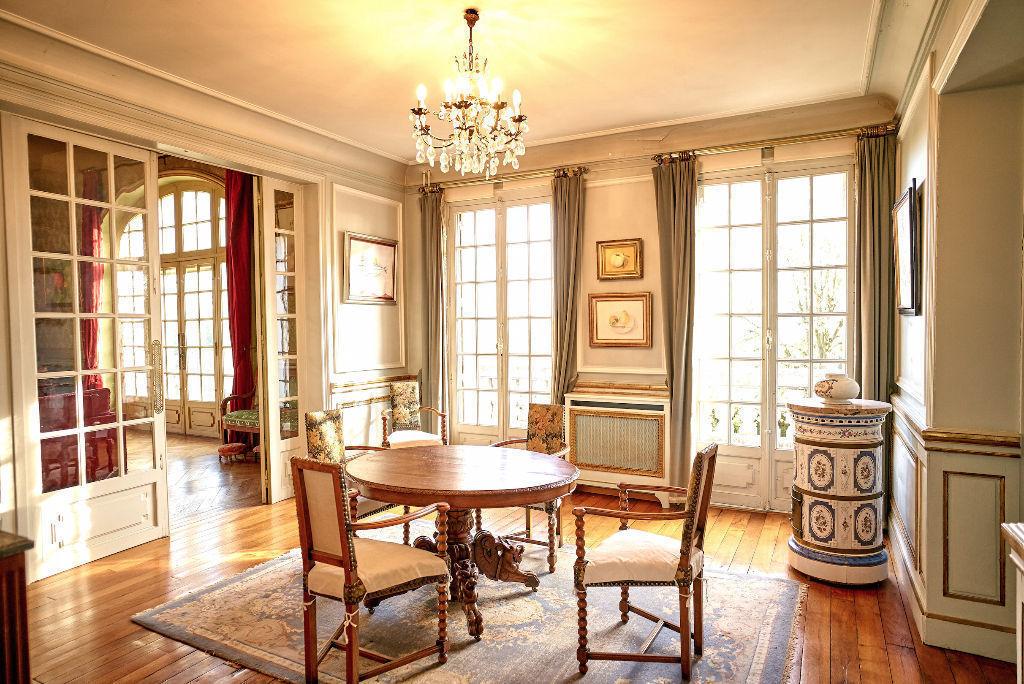 A vendre maison mezy sur seine 385 m l 39 adresse meulan for Demeure prestige